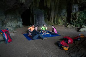 Lunch Time on Tu Lan Expedition