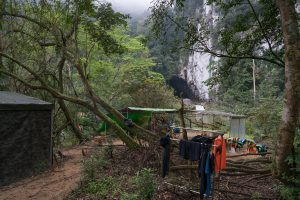 Non Drying Clothes on Tu Lan Expedition